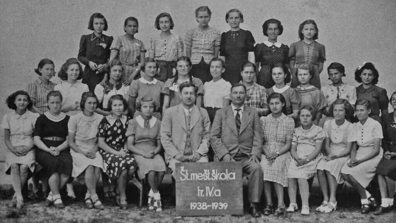 999  נשים צעירות: סיפורו של הטרנספורט הראשון לאושוויץ