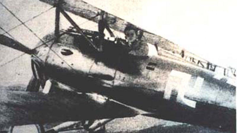 סיפור חייו של הטייס היהודי פריץ בקהארדט בטייסת הפרוסית במלחמת העולם הראשונה