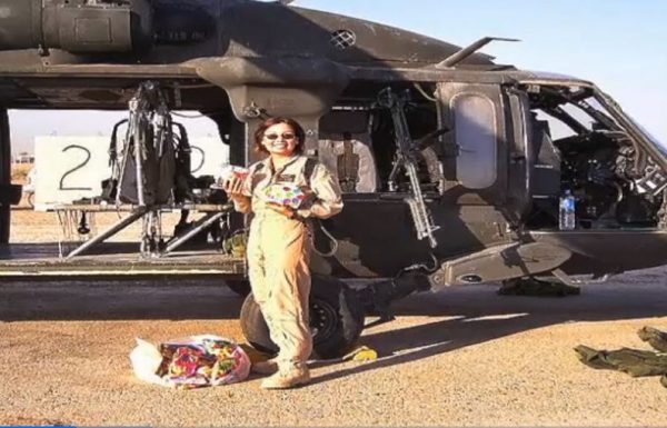 """תמי דקוורת', טייסת המסוקים הפצועה שהפכה לסנאטורית בארה""""ב"""