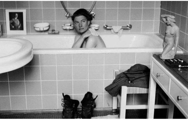 לי מילר והאמבטיה של היטלר
