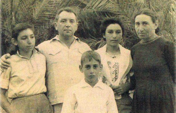 הביוגרפיה של נעמי שמר: היוצרת שתימרנה בין ראייה חודרת לעיוורון מרצון